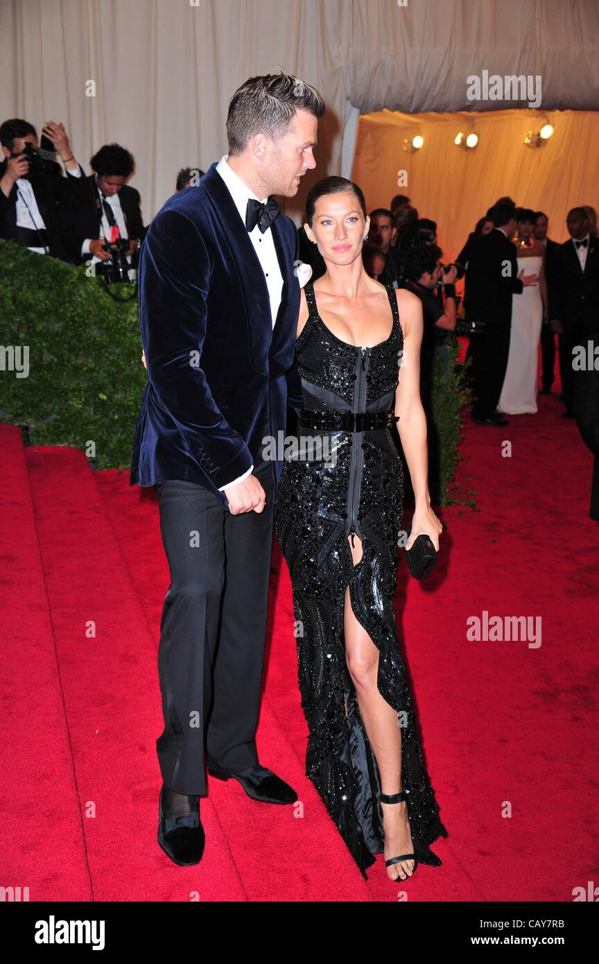Tom Brady, Gisele Bundchen at arrivals for Schiaparelli and