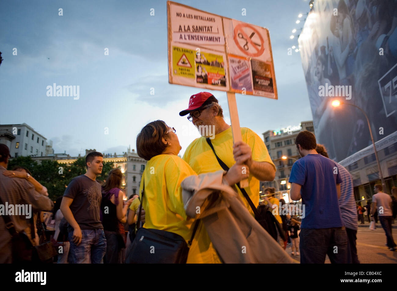 12 May, 2012-Barcelona, Spain. A couple of protesters danced at the end of the demonstration. On the anniversary - Stock Image