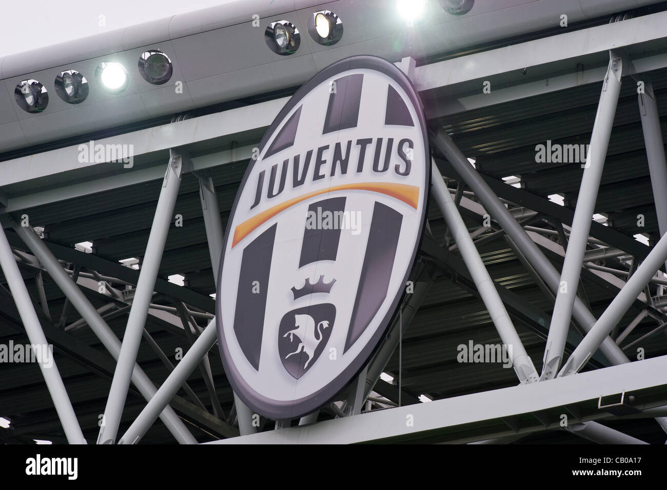 juventus logo high resolution stock photography and images alamy https www alamy com stock photo juventus logo may 13 2012 football soccer italian serie a match between 41189827 html