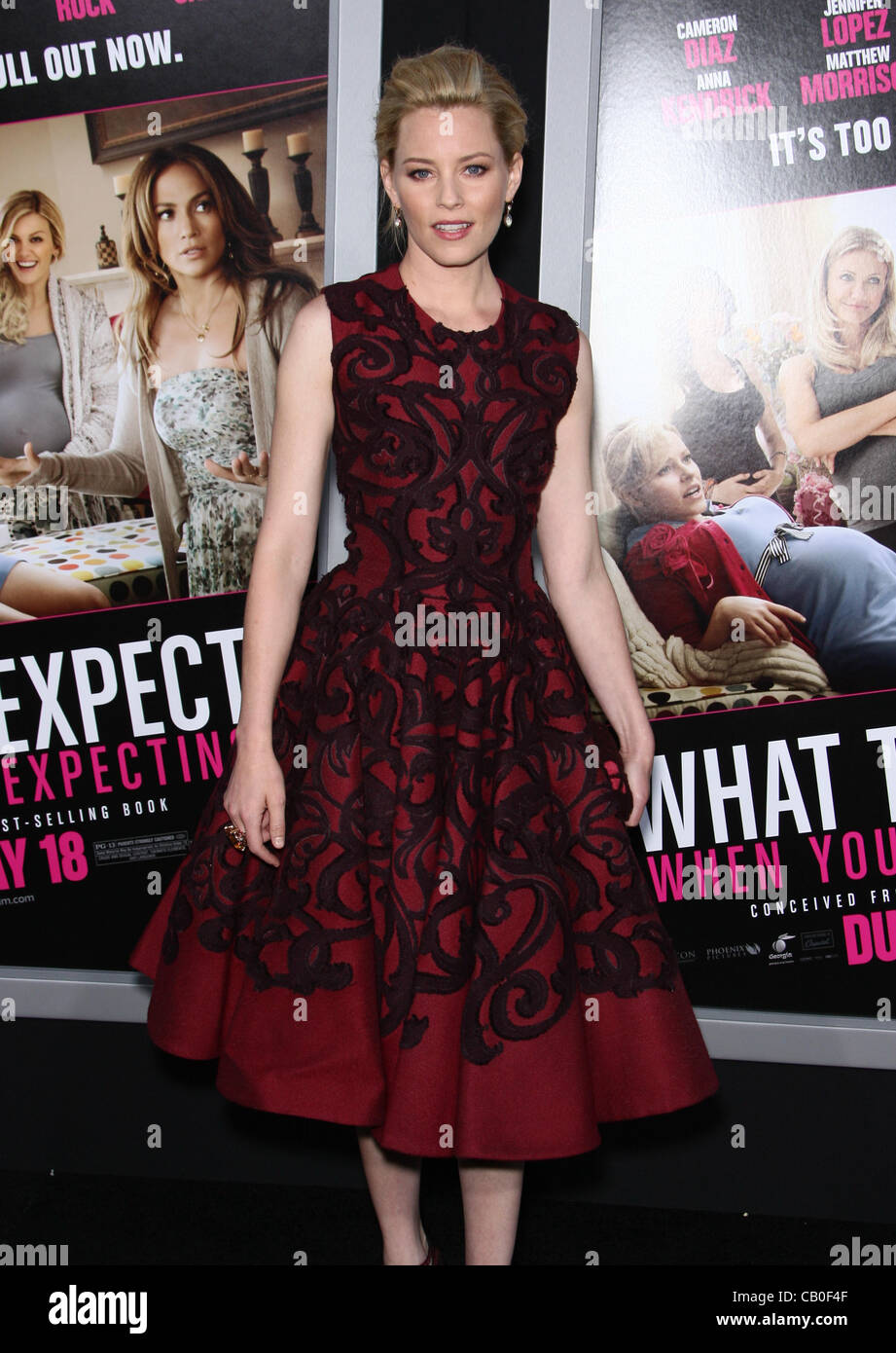 ELIZABETH BANKS WHAT TO EXPECT WHEN YOU'RE EXPECTING. LOS ANGELES PREMIERE HOLLYWOOD LOS ANGELES CALIFORNIA - Stock Image