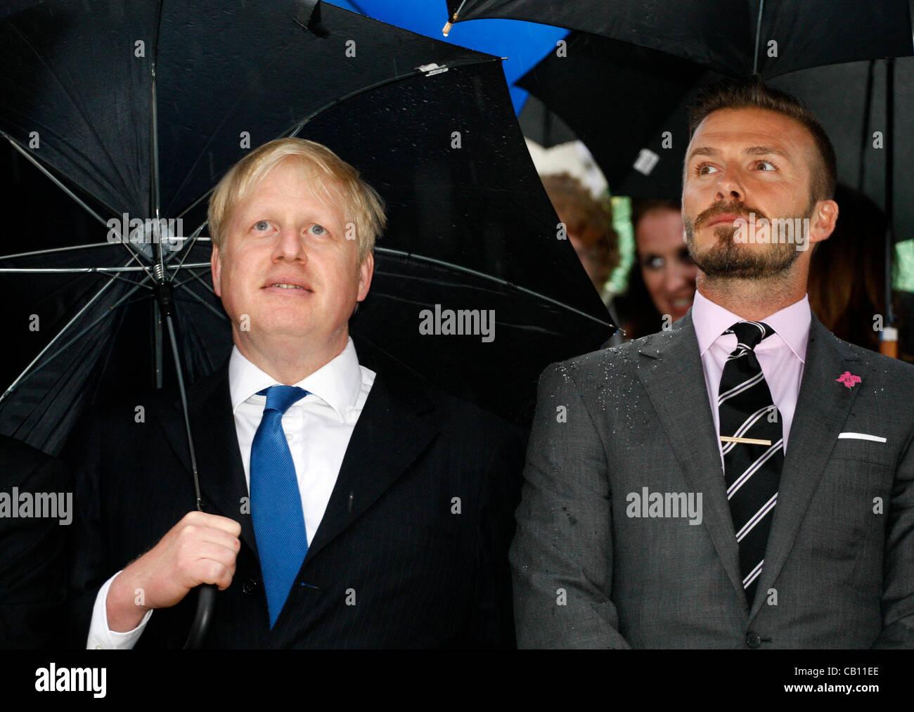May 17 2012, Athens Greece. British soccer star DAVID BECKHAM and London's Mayor BORIS JOHNSON attend the Olympic - Stock Image