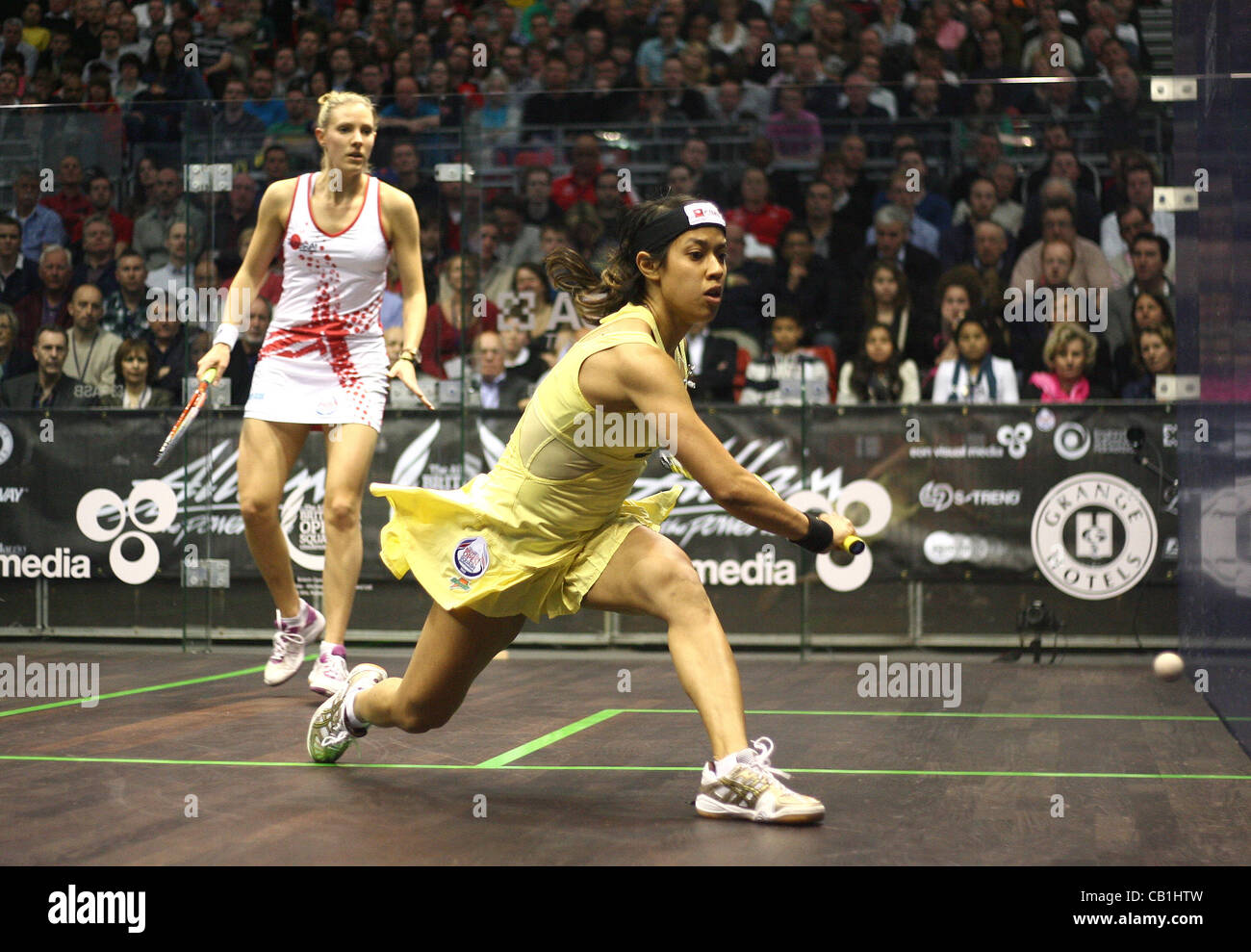 19.05.2012 The O2, London, England. Nicol David (MAS) in action against Laura Massaro (ENG) during their semi-final - Stock Image