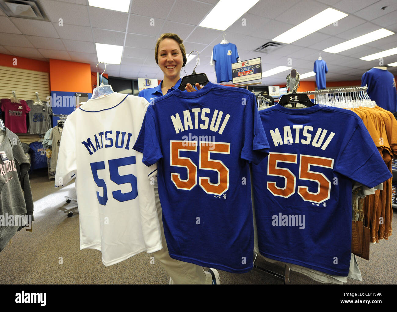 Name and number shirts of Hideki Matsui 820a096c913