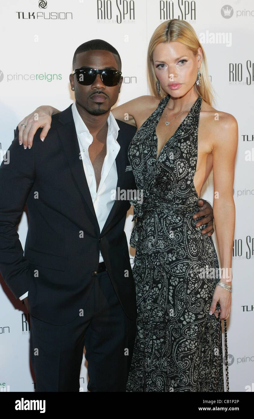 Ray j dating sophie monk