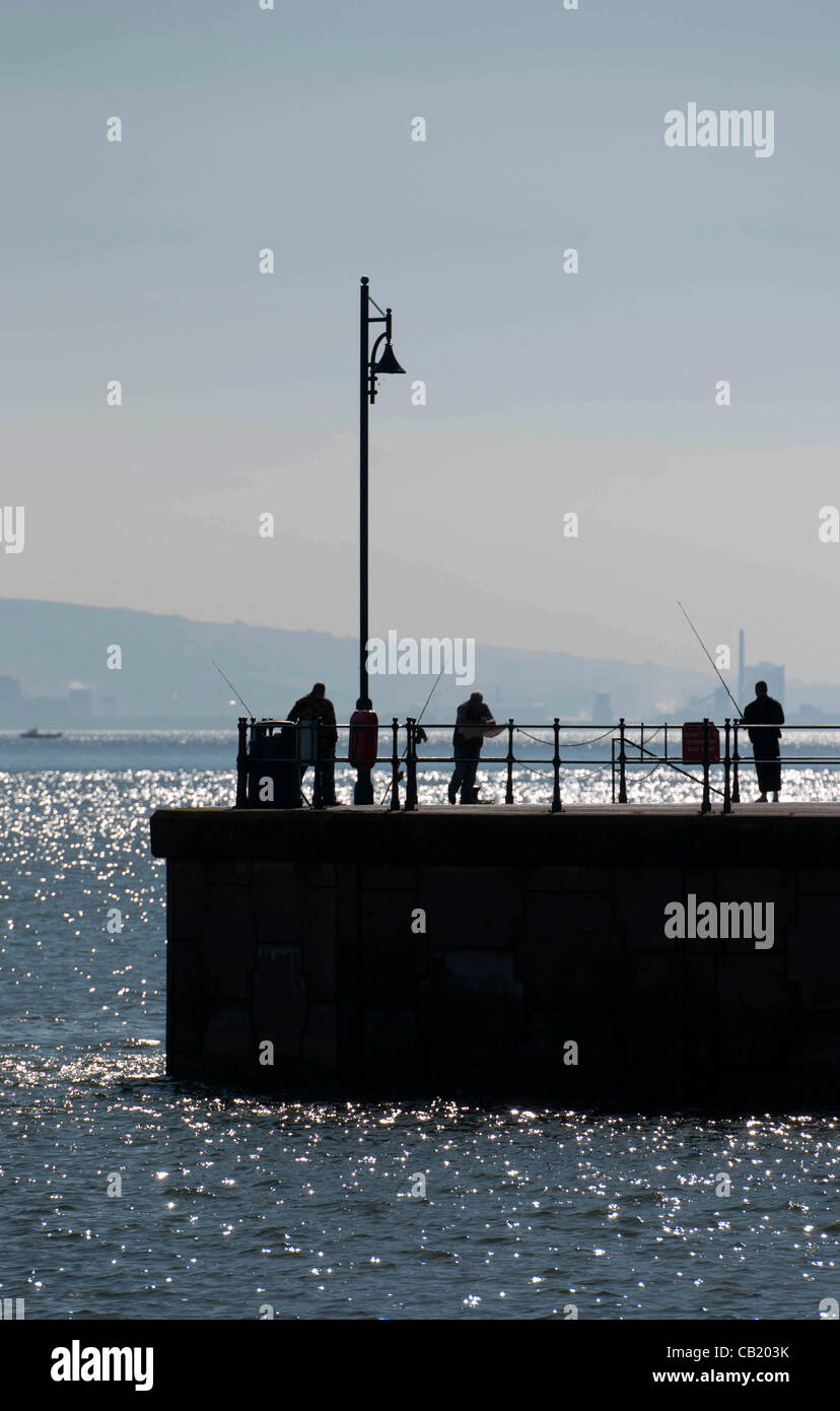 Swansea - UK - 22nd May 2012 - Warm May sunshine in the small fishing village of Mumbles near Swansea, South Wales. Stock Photo