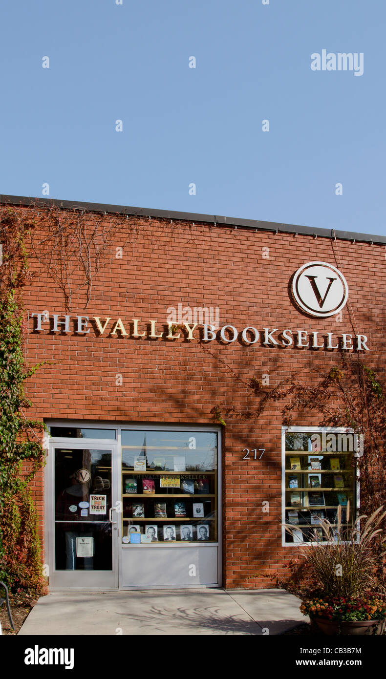 The Valley Booksellers in Stillwater, Minnesota, a town known for its bookstores, art galleries and antique stores. - Stock Image