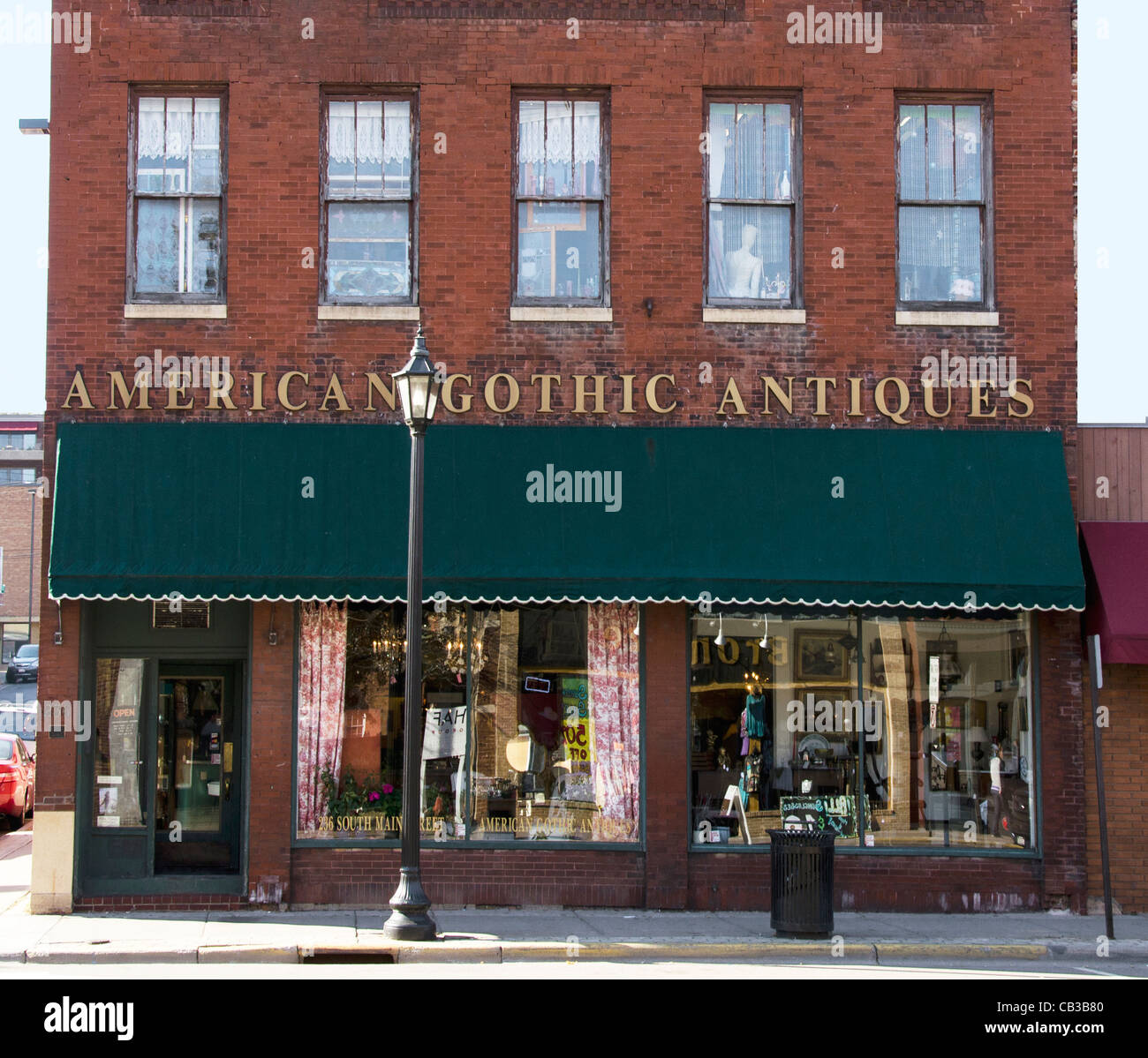 American Gothic Antiques in Stillwater, Minnesota, a town known for its bookstores, art galleries and antique stores. - Stock Image