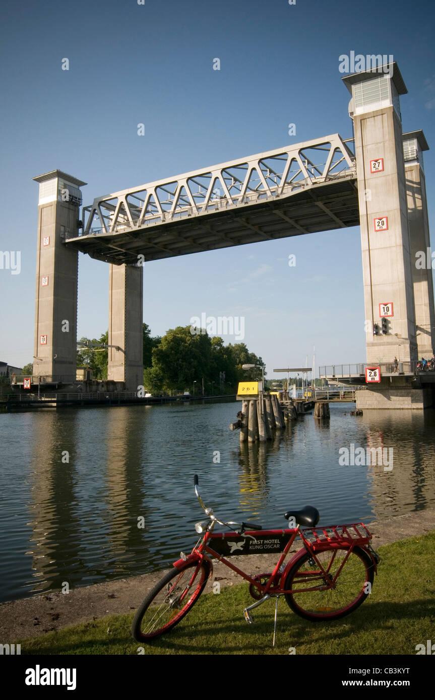 trollhattan lift bridge lifing bridge gota canal sweden swedish canals - Stock Image