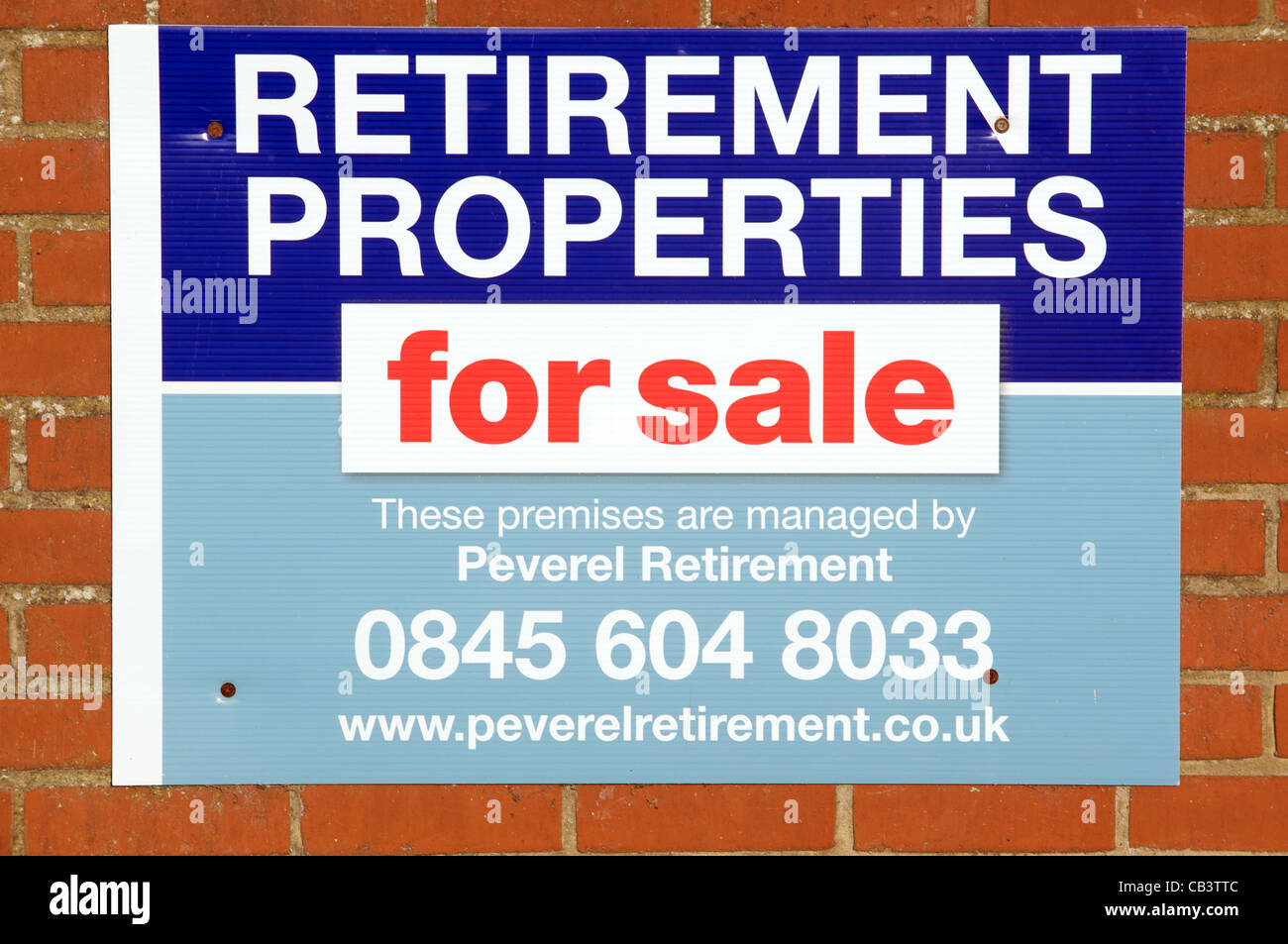 Retirement properties for sale sign - Stock Image