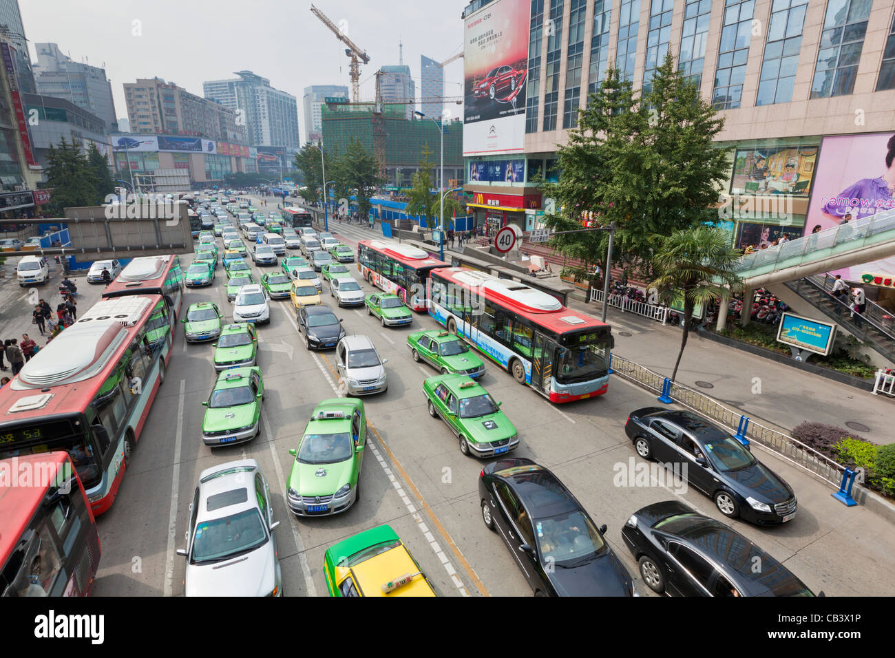 traffic jam congestion in Chengdu city centre center Sichuan province PRC, People's Republic of China, Asia - Stock Image