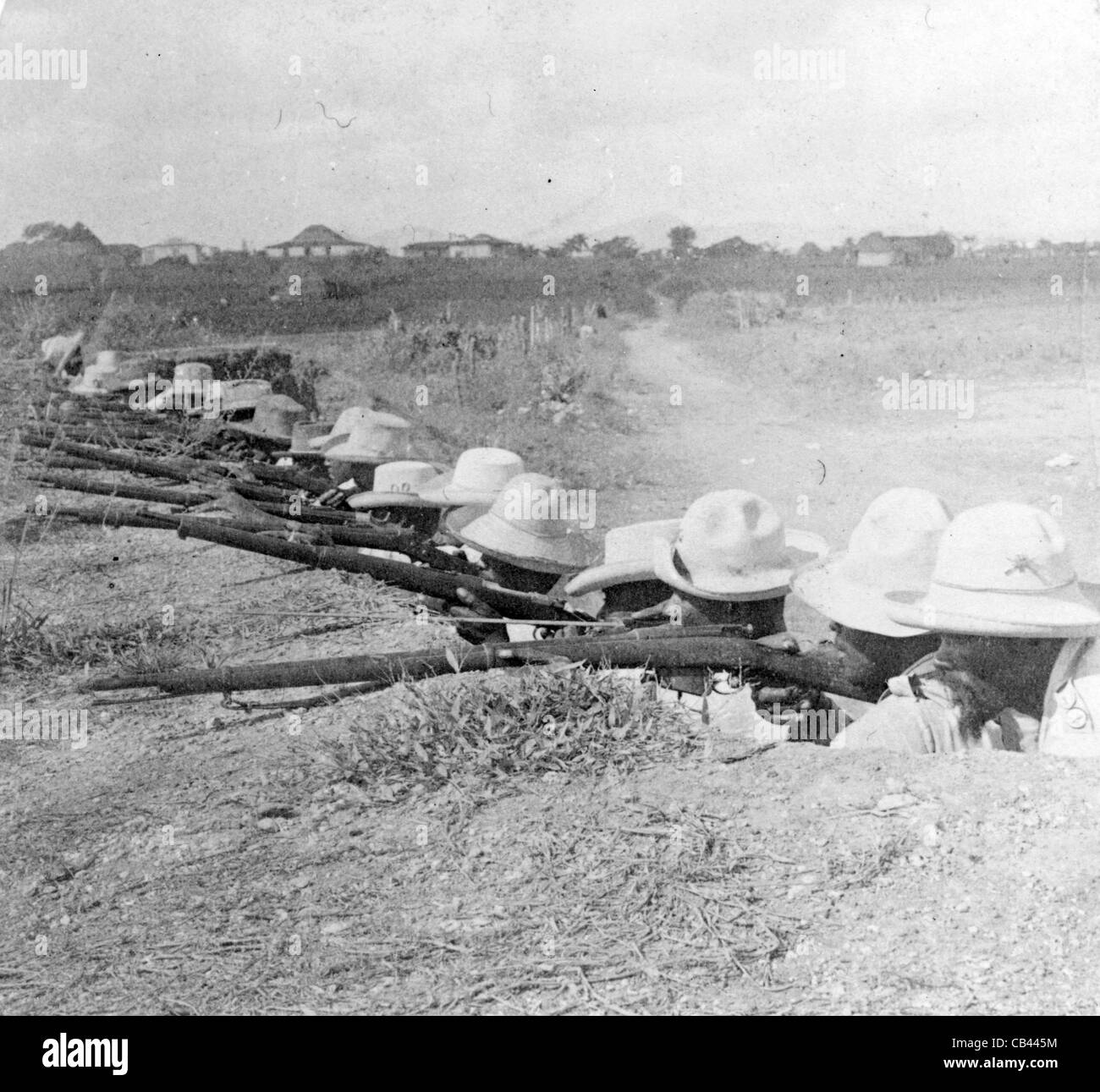 Cubans in their trenches - Awaiting the Spaniards - Pinar del Rio, Cuba, Cuban War of Independence. - Stock Image