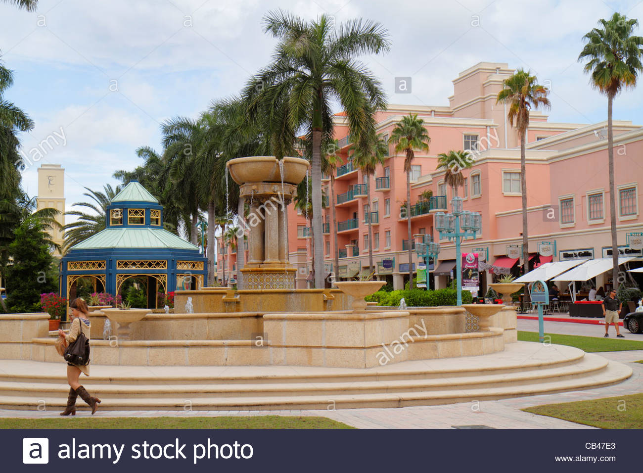 Boca Raton Shopping >> Boca Raton Florida Mizner Park Plaza Real Shopping Dining Fountain
