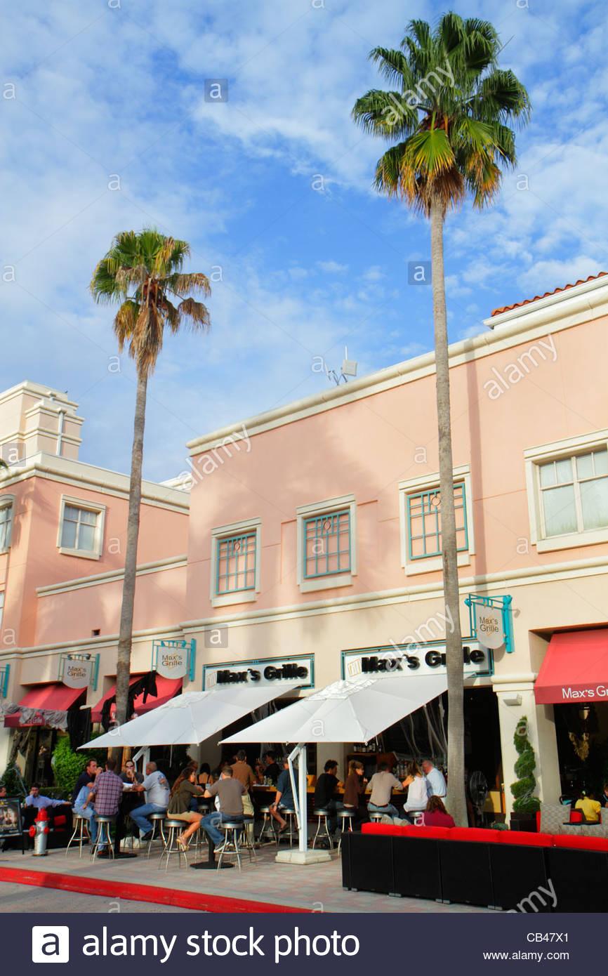 Boca Raton Shopping >> Boca Raton Florida Mizner Park Plaza Real Shopping Dining Palm Trees