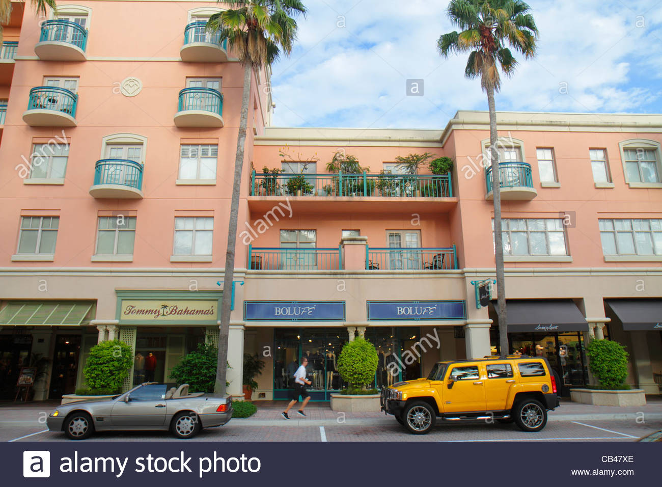 Boca Raton Shopping >> Boca Raton Florida Mizner Park Plaza Real Shopping Dining