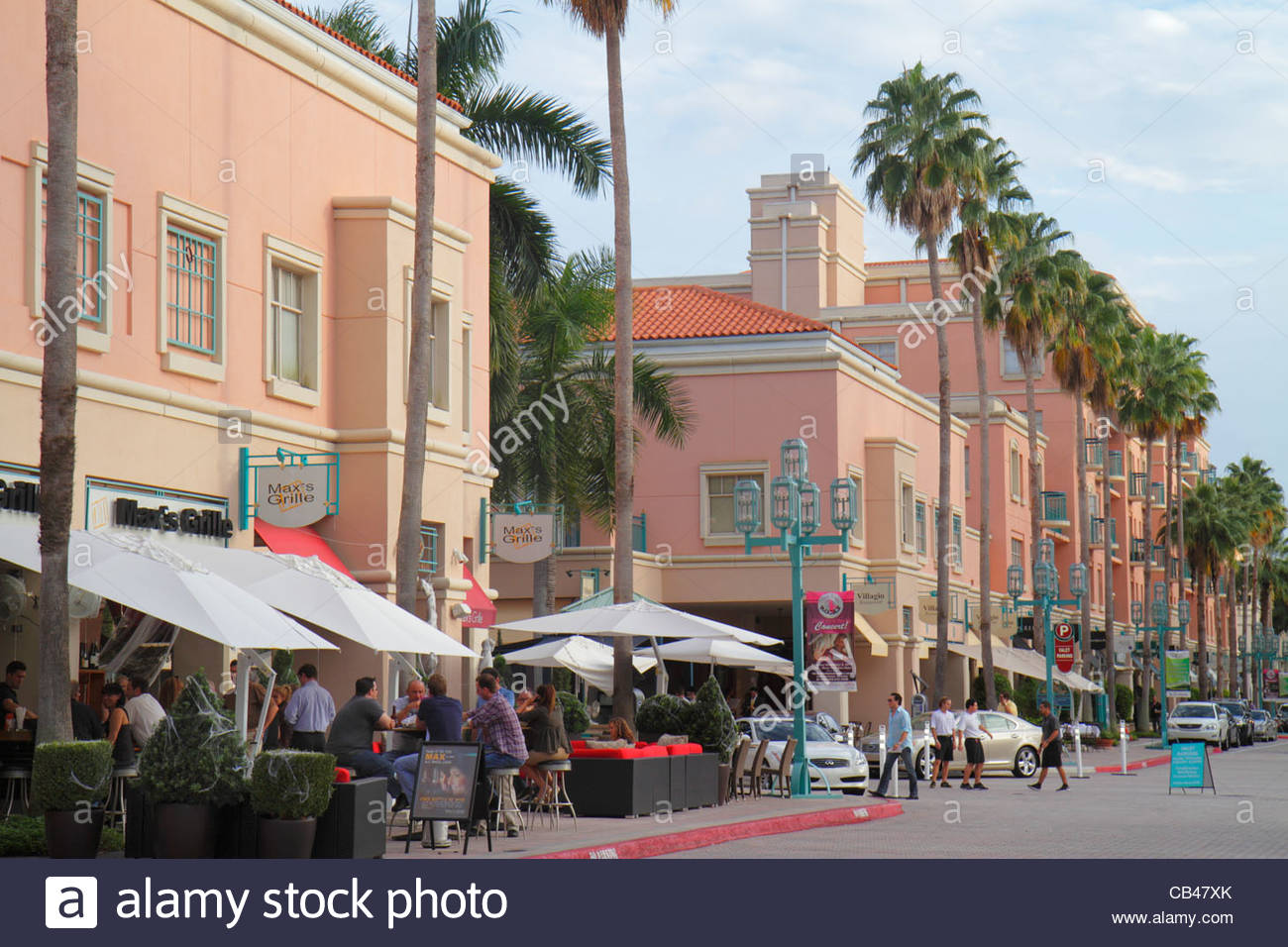 Boca Raton Shopping >> Boca Raton Florida Mizner Park Plaza Real Shopping Dining Palm Trees