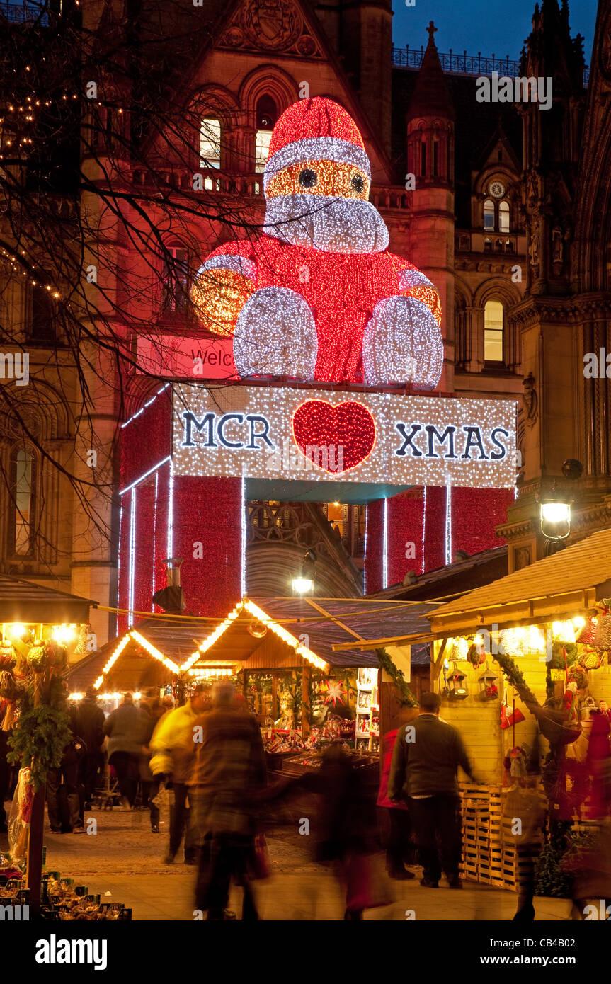 Christmas market, Albert Square, Manchester 2011. - Stock Image