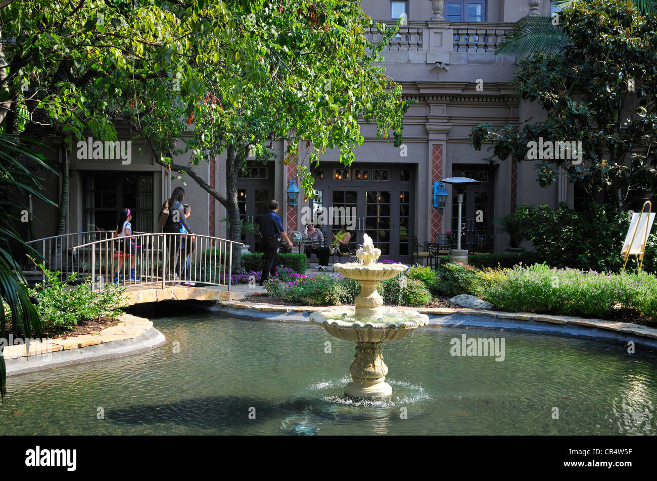 Part of the outdoor patio of the Langham Huntington Hotel, Pasadena, California, showing the central fountain and - Stock Image