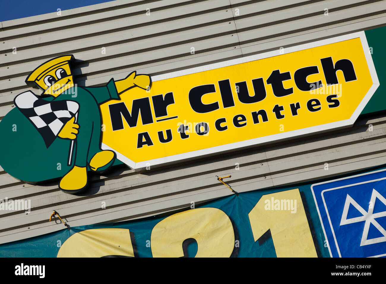 A Mr Clutch Autocentre in Nottingham, England, U.K. - Stock Image