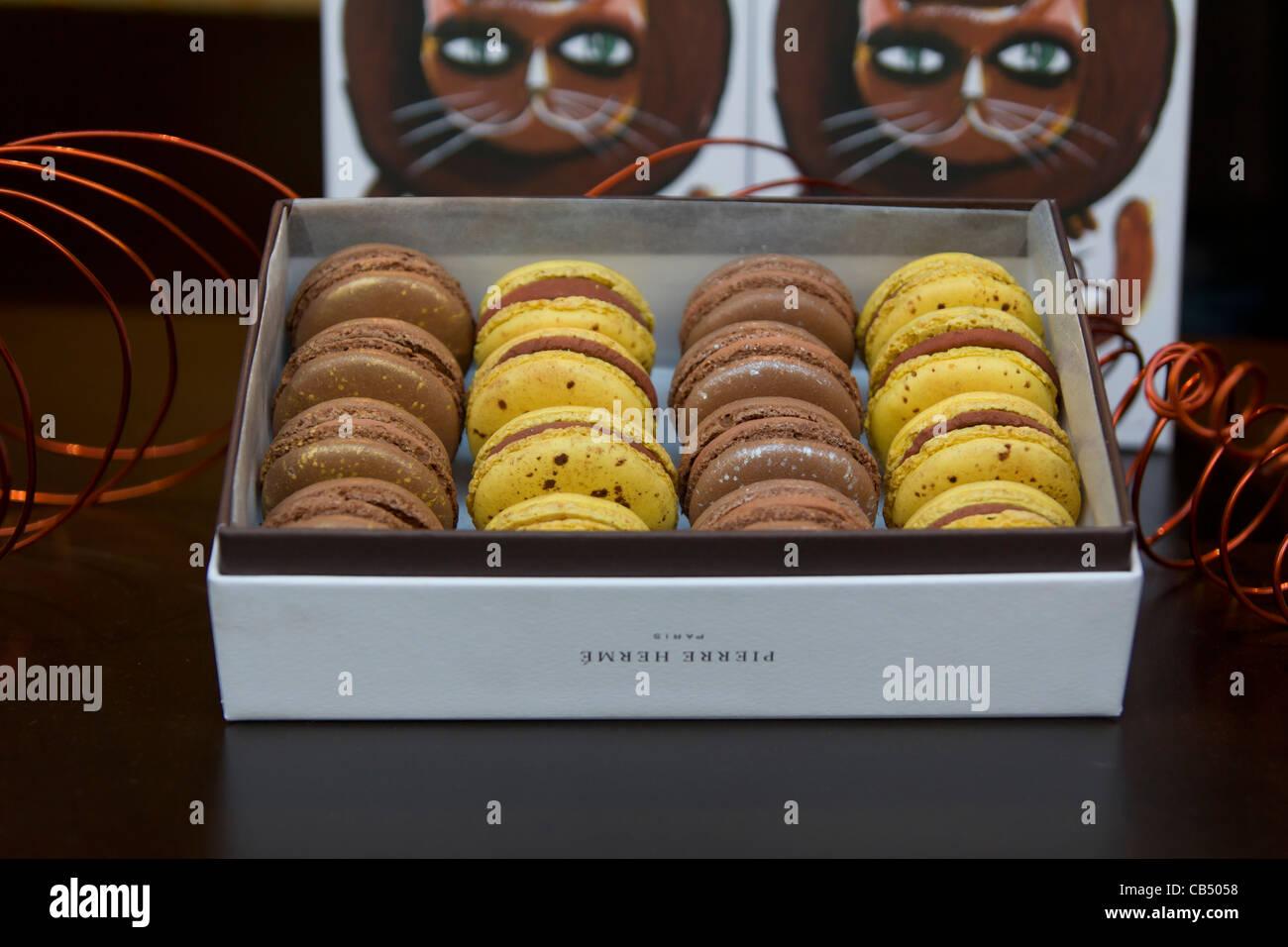 Pierre Hermé macarons for sale at 39 avenue de l'Opéra 75002 Paris, France - Stock Image