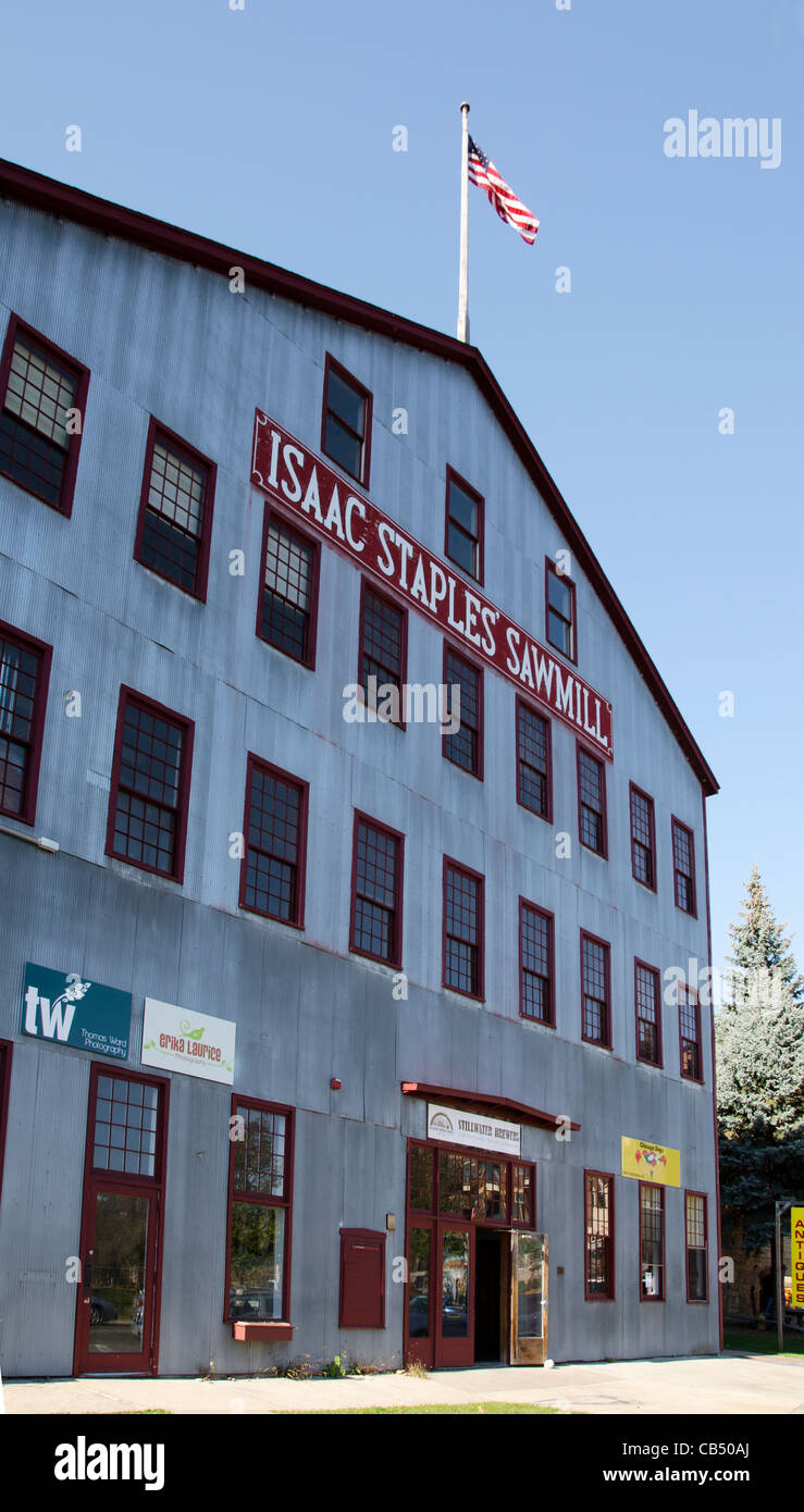 Isaac Staples Sawmill is a shopping mall located in the historic sawmill building in Stillwater, Minnesota Stock Photo