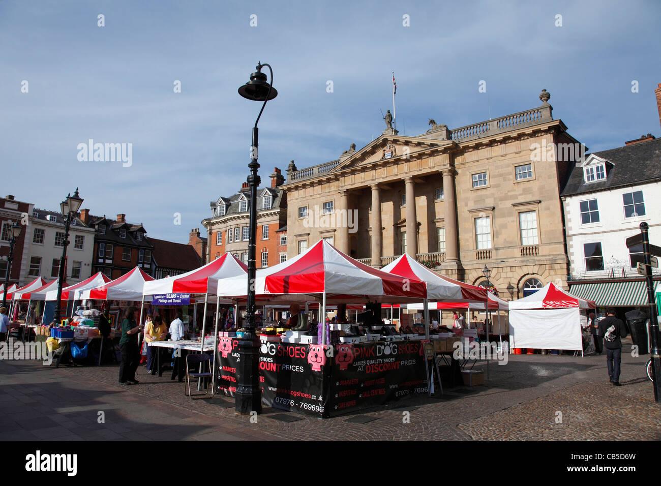 The Market Place, Newark-on-Trent, Nottinghamshire, England, U.K. - Stock Image
