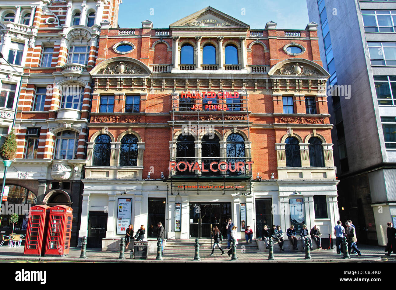 Royal Court Theatre, Sloane Square, Chelsea, Royal Borough of Kensington and Chelsea, Greater London, England, United - Stock Image