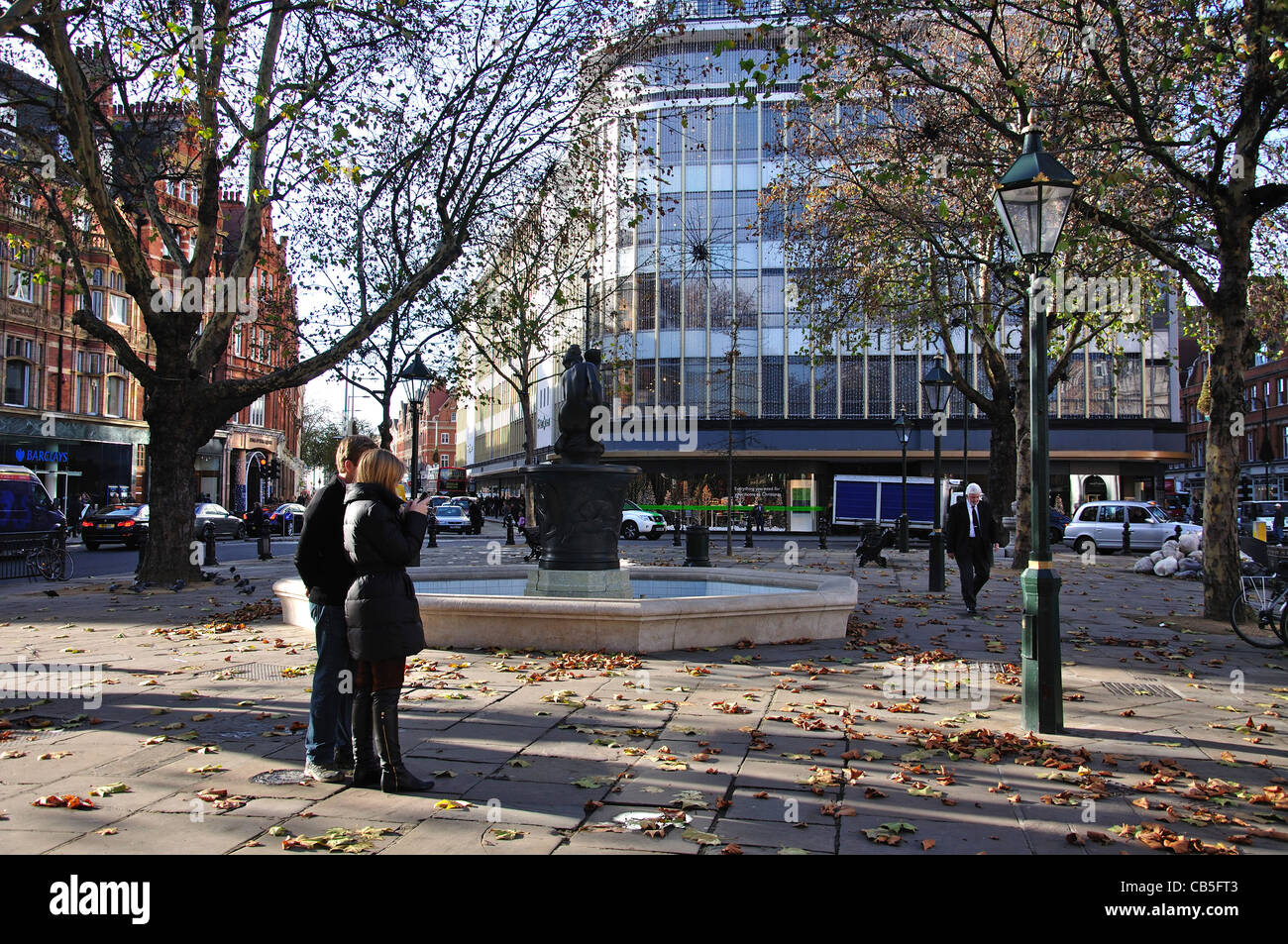 The 'Venus Fountain' in Sloane Square, Chelsea, Royal Borough of Kensington and Chelsea, London, England, - Stock Image
