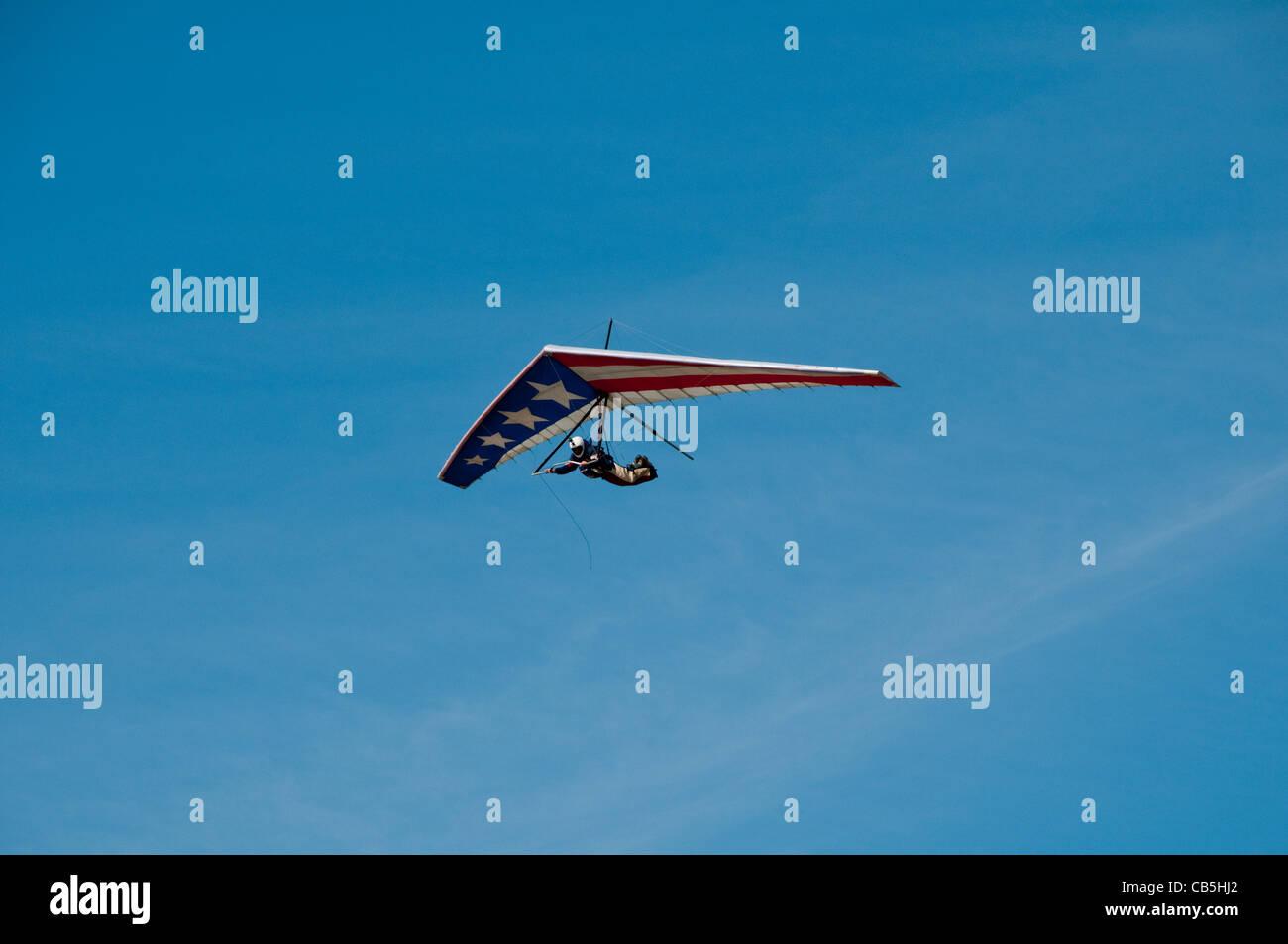 Hang gliding, hang glider, Fort Funston, San Francisco, California, USA. Photo copyright Lee Foster. Photo # california108423 - Stock Image