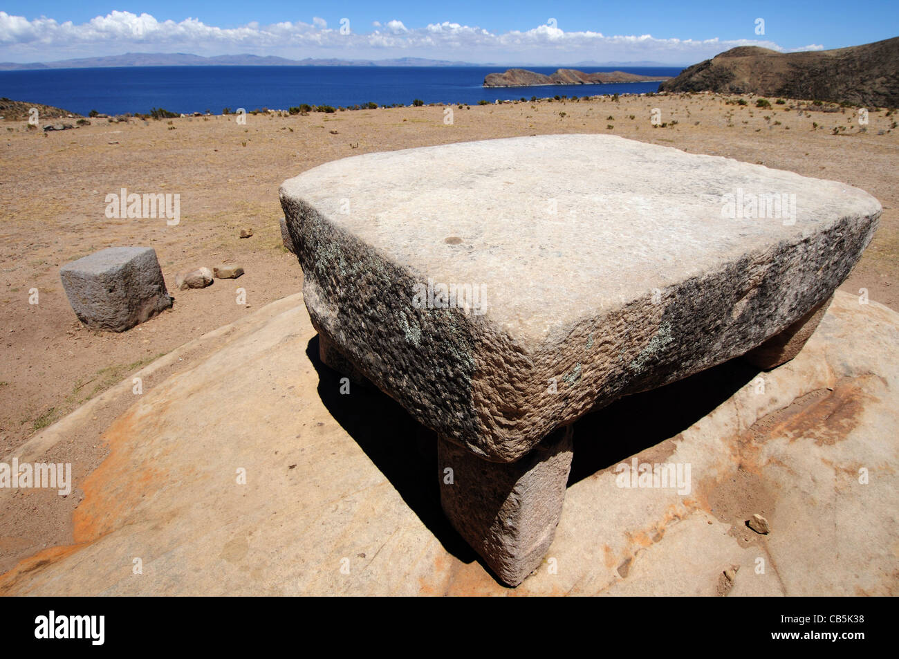 A stone table used for human sacrifice on Isla del Sol in Lake Titicaca, Bolivia Stock Photo