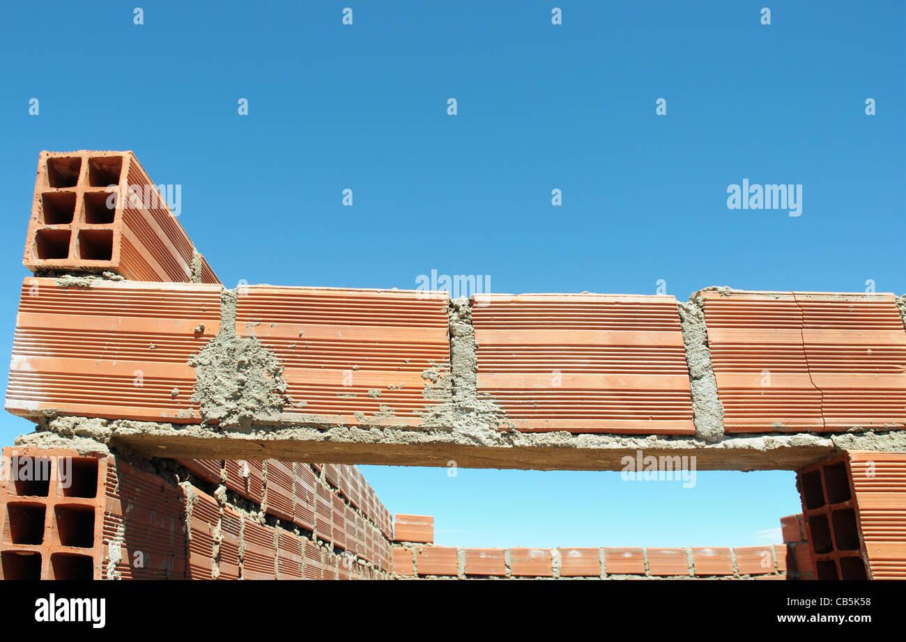 Terrible bricklaying - no lintel! - Stock Image
