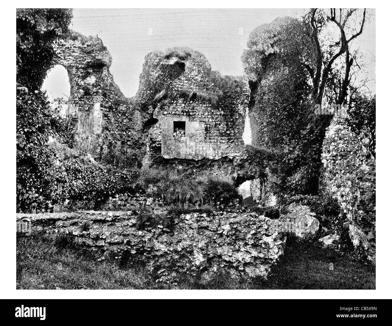 Wolvesey Castle ruined ruins ruin Winchester Hampshire England English Heritage chapel - Stock Image