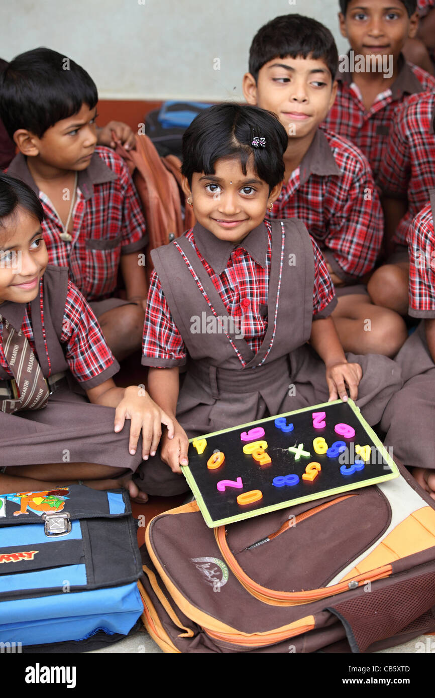 School children learning numbers Andhra Pradesh South India - Stock Image