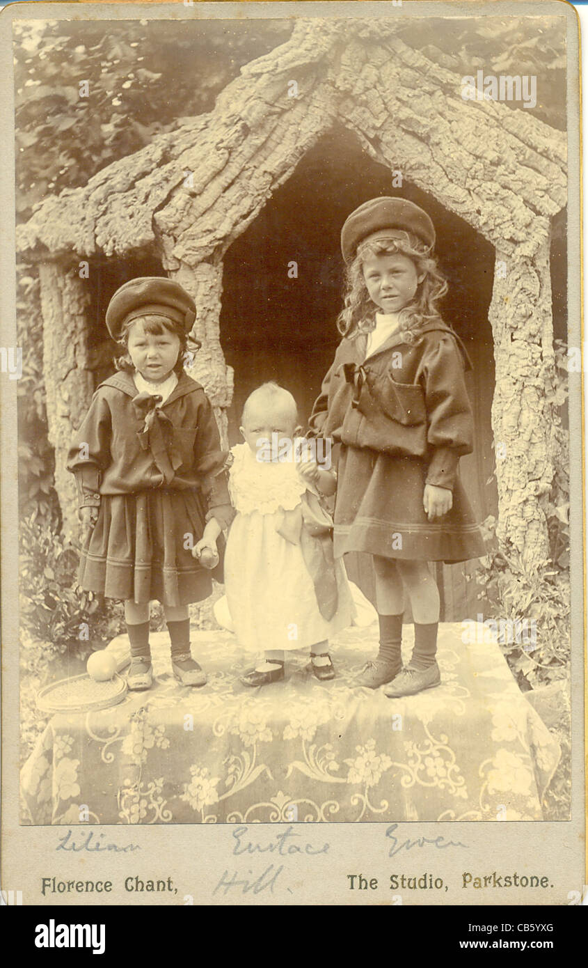 Cabinet photograph of three siblings - Stock Image