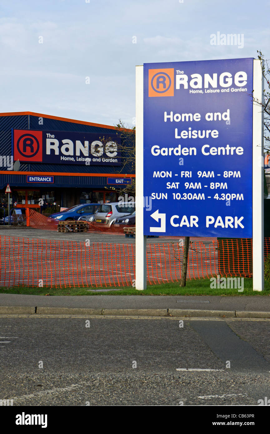 ' The Range ' a discount home goods store - Stock Image