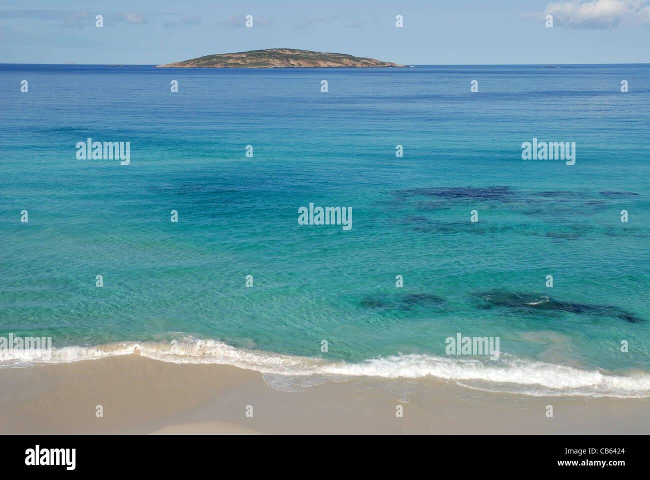 beach to sea & island view, Esperance, Western Australia, Australia - Stock Image