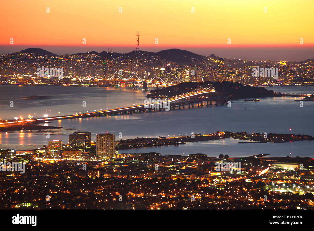 Aerial view of San Francisco and Bay Bridge from the Berkeley Hills, East Bay, California - Stock Image