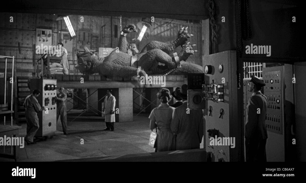 20 MILLION MILES TO EARTH (1957) NATHAN JURAN (DIR) 004 MOVIESTORE COLLECTION LTD - Stock Image