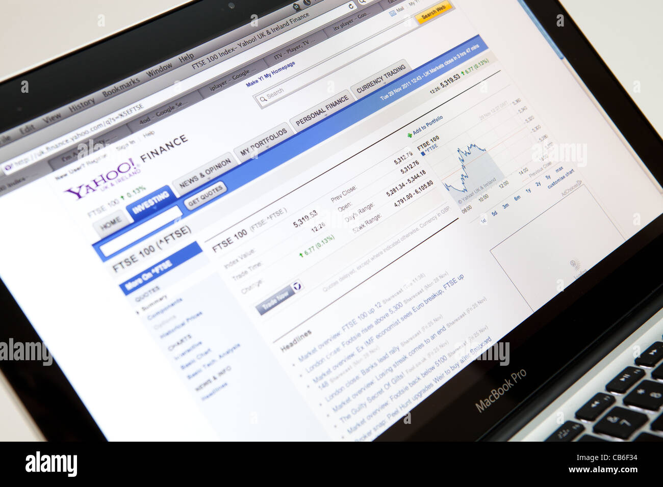 Yahoo Finance Website Screen shot of web page - Stock Image
