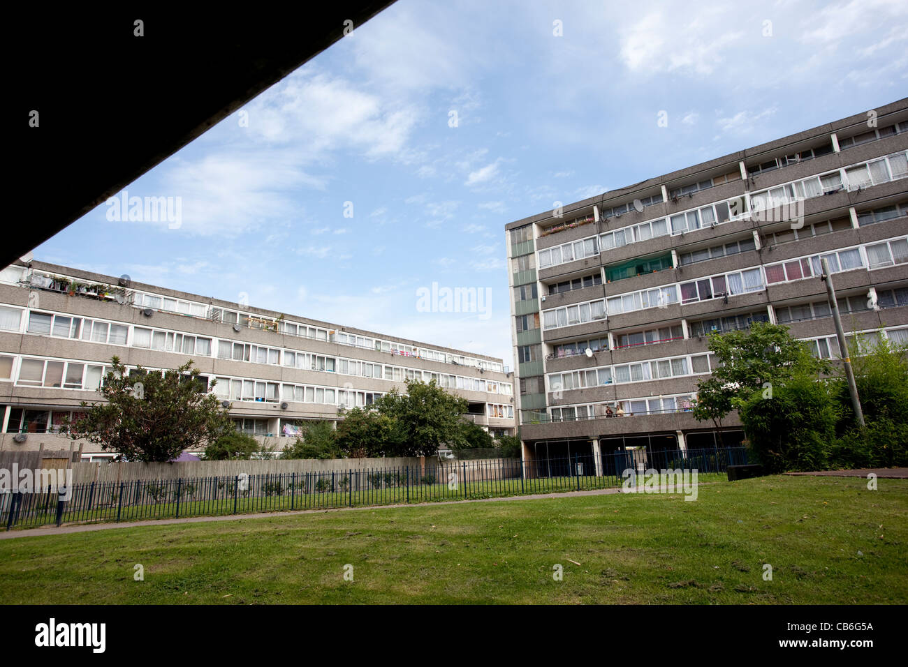 Missenden block on the Aylesbury estate Walworth, South London, which has large numbers of unemployment. Photo:Jeff - Stock Image