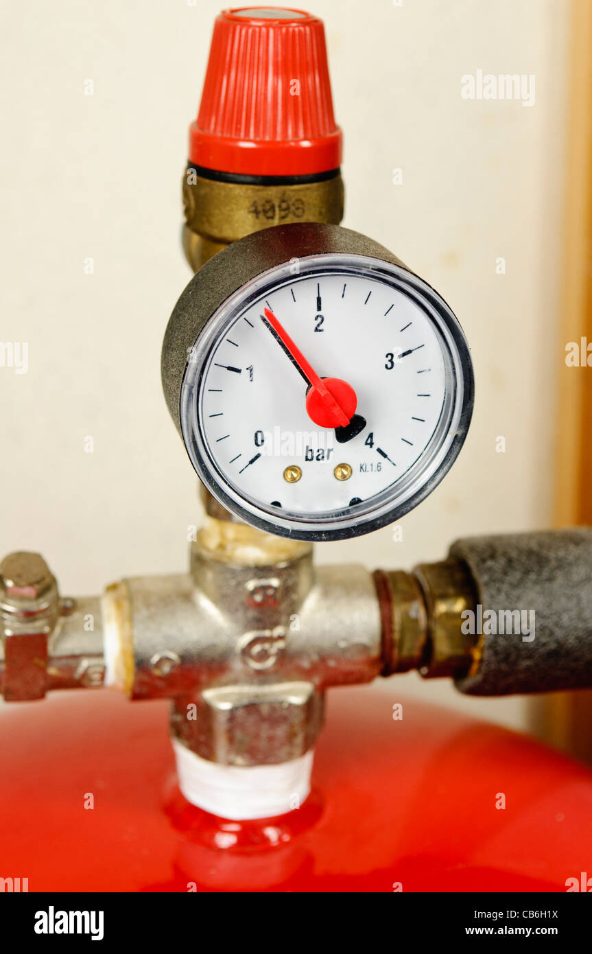 Expansion Tank Stock Photos & Expansion Tank Stock Images - Alamy