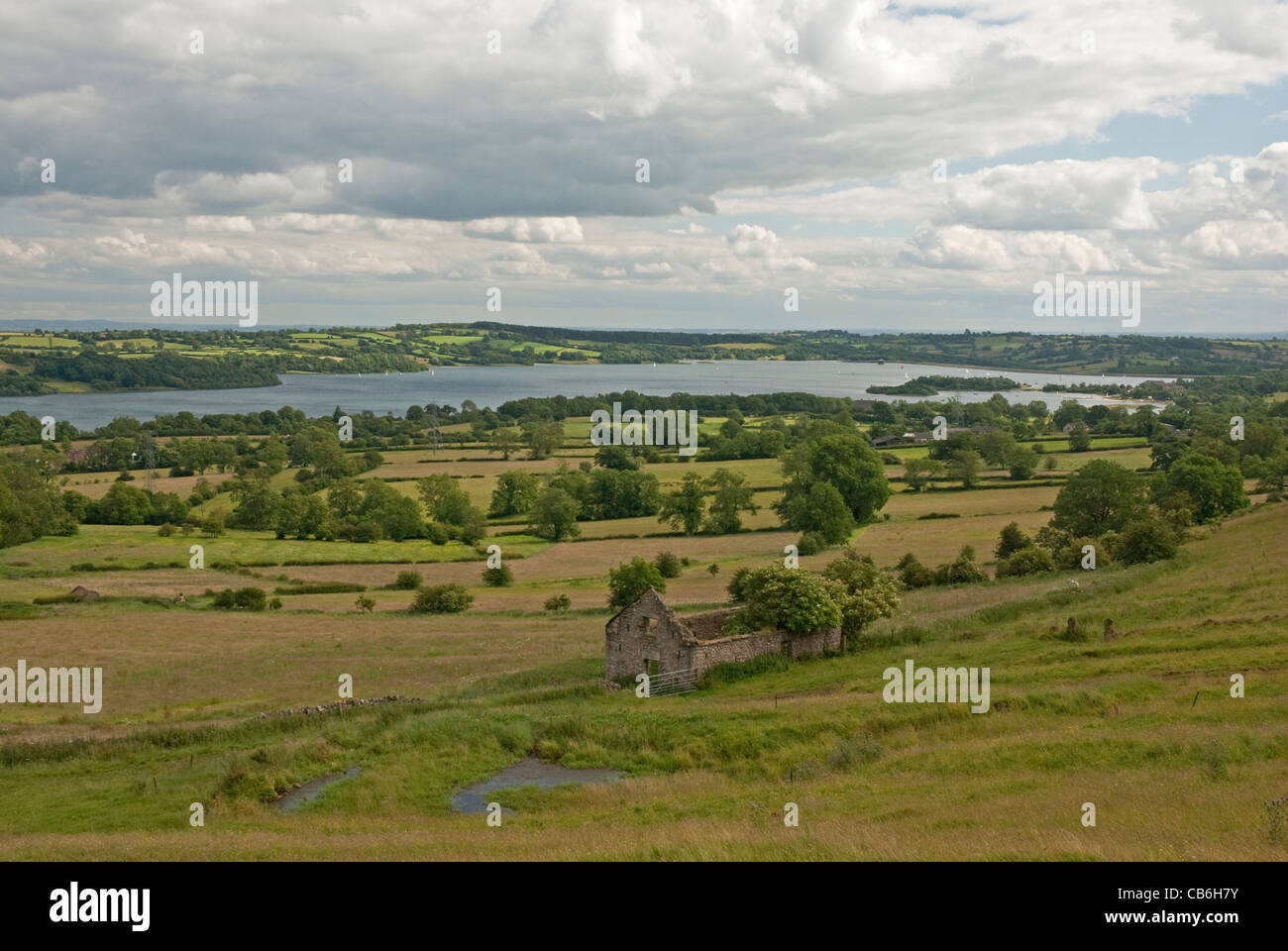 View from footpath near Brassington to Carsington Water near Ashbourne, Derbyshire, Peak District , north of England, - Stock Image