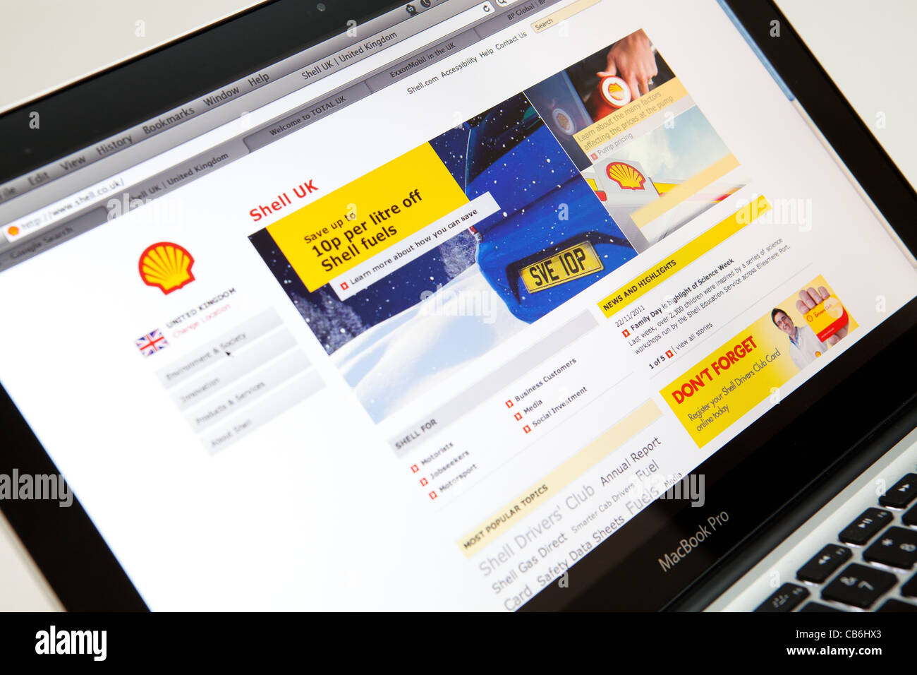 SHELL UK Fuel Website Screen shot of web page - Stock Image
