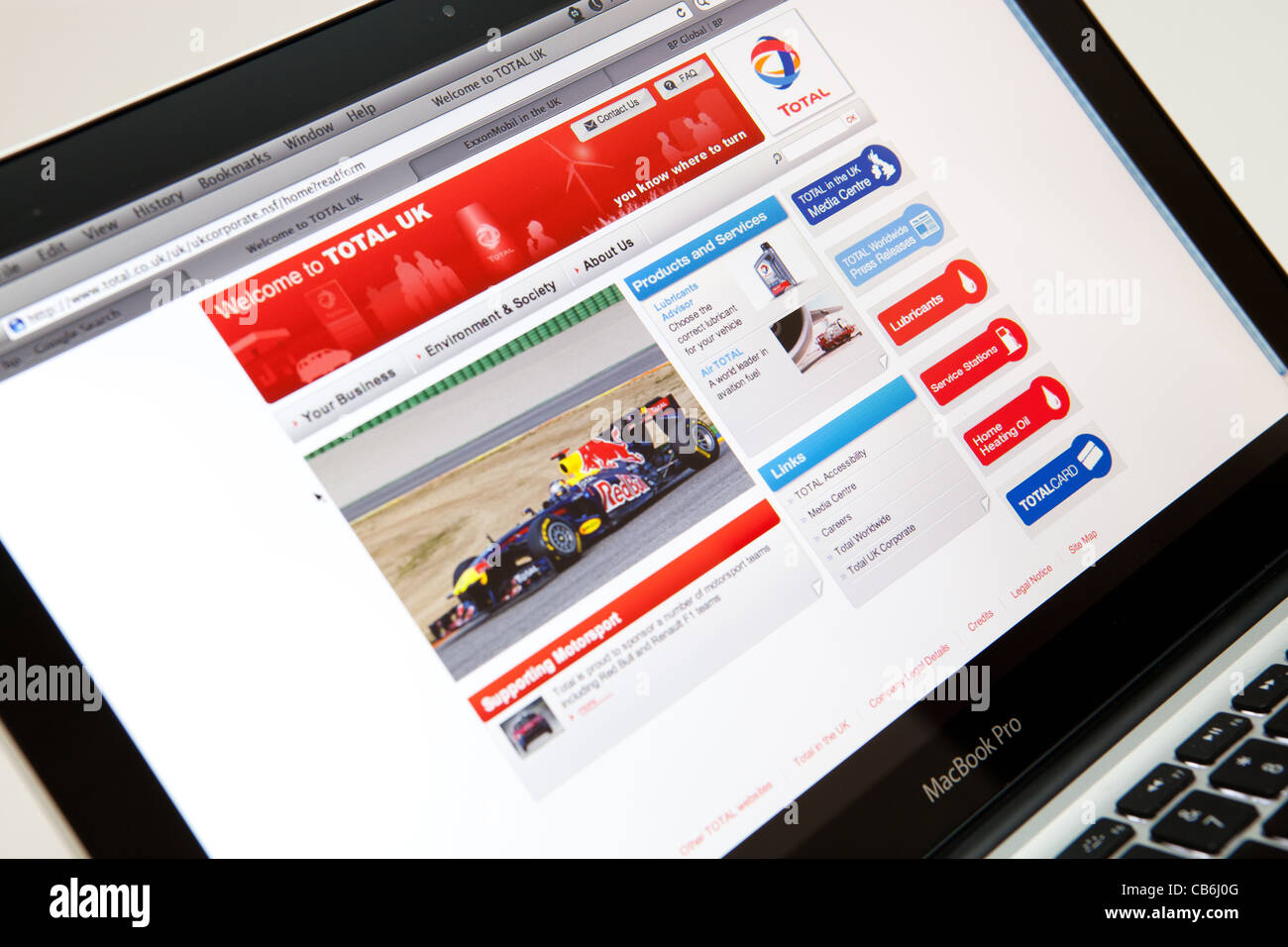 TOTAL UK Fuel Website Screen shot of web page - Stock Image