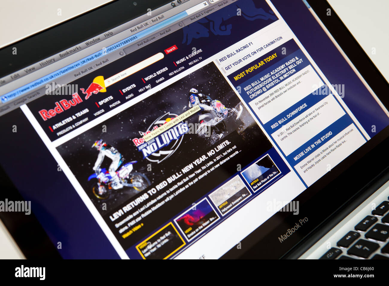 REDBULL Website Screen shot of web page - Stock Image