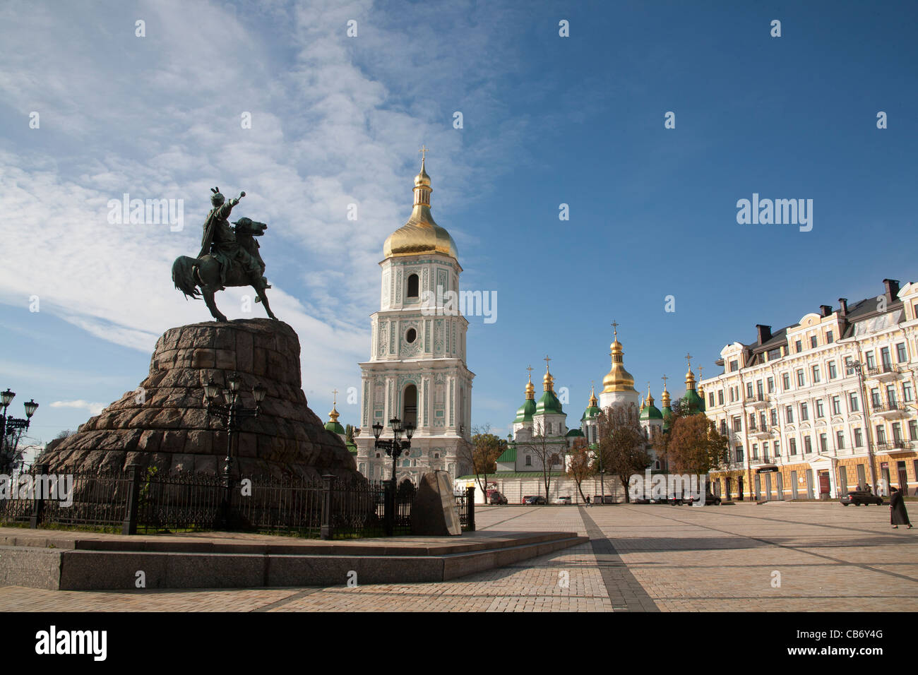 Sophia Square: history, architectural monuments, events 19