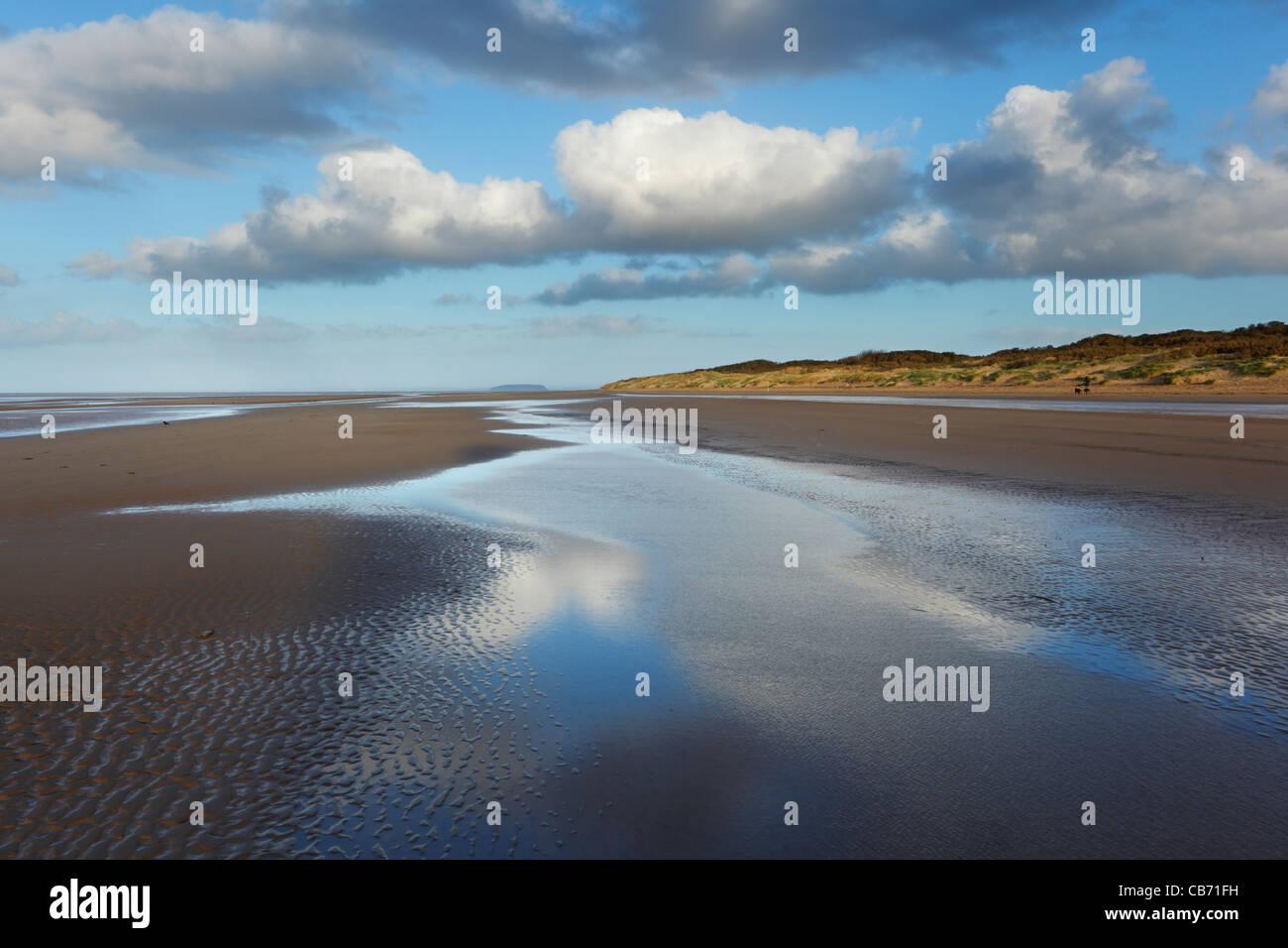 Burnham Beach with Steep Holm Island in the Distance. Burnham-on-Sea. Somerset. England. UK. - Stock Image