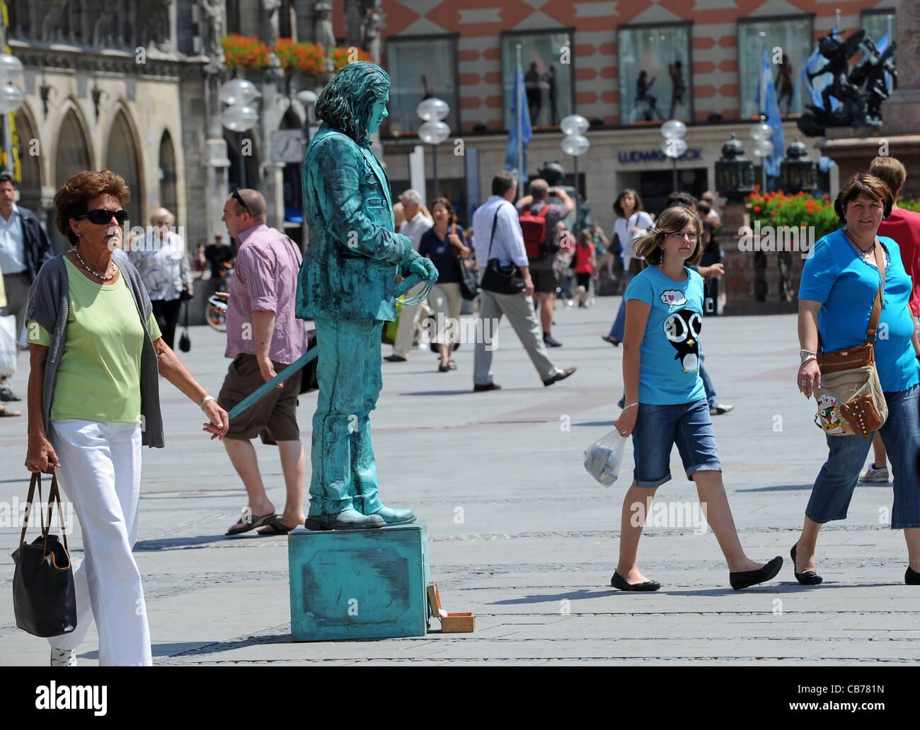 Mime artist in Munich Bavaria Germany Munchen Deutschland - Stock Image