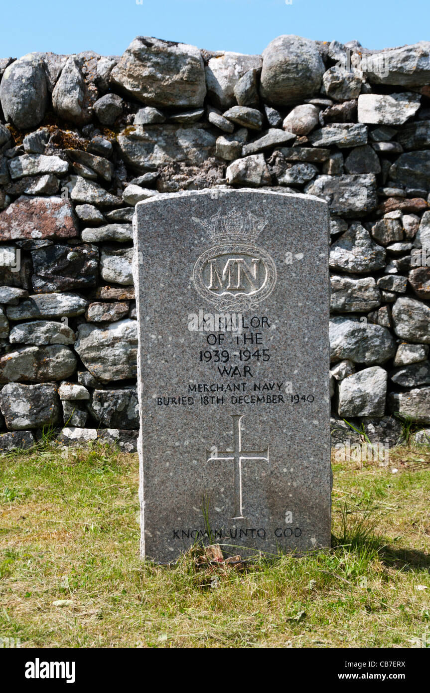 Second World War gravestone of an unknown Merchant Navy sailor in Cladh Mhuire graveyard on Benbecula in the Outer Stock Photo