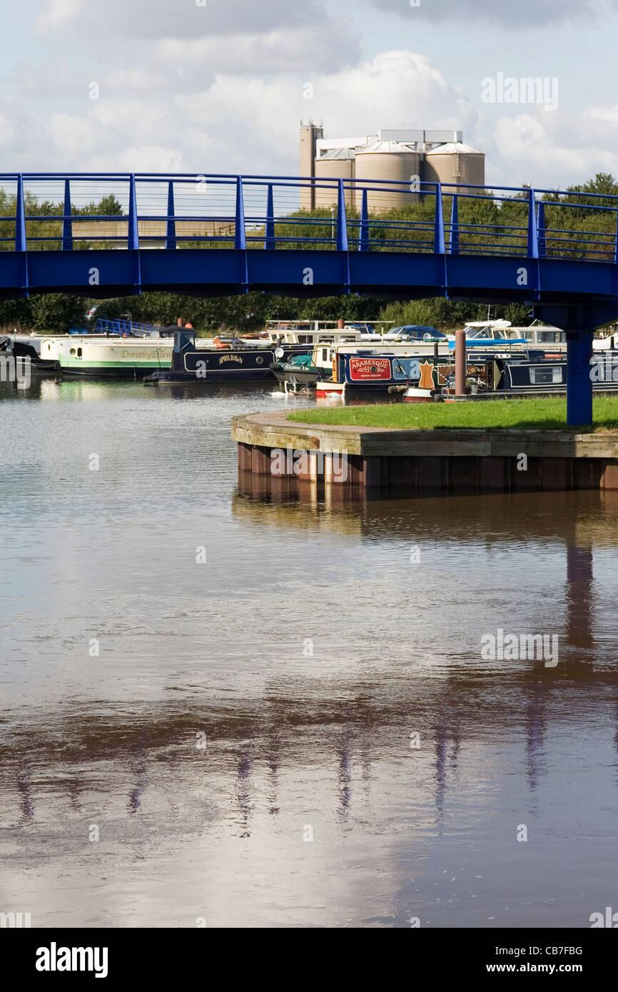 trent river began seeping - HD866×1390