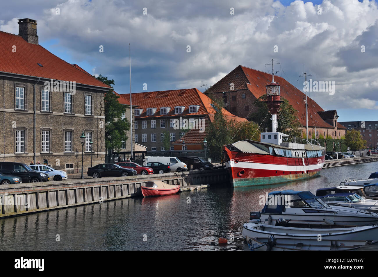 Copenhagen: Frederiksholms kanal - Stock Image